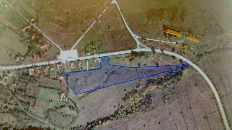 Два съседни земеделски имота в с. Моравица